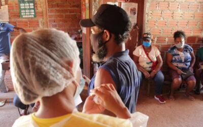 Ministro Fachin determina vacinação imediata de quilombolas residentes ou não nos territórios tradicionais