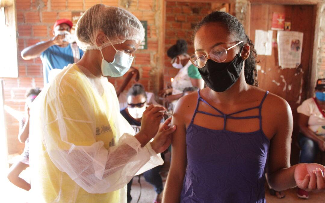 Retratos da situação da vacinação da Covid-19 nos quilombos